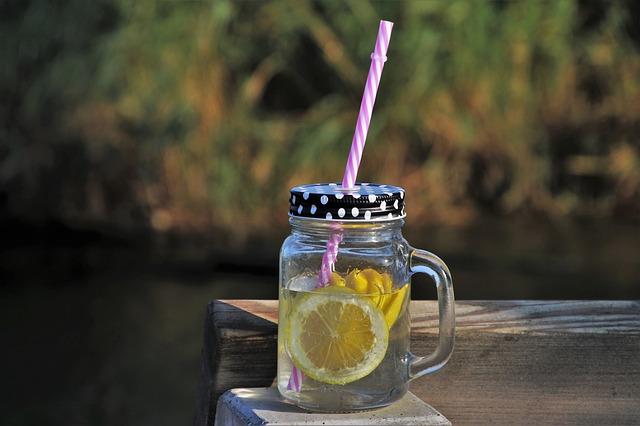 Boisson detox a base de citron